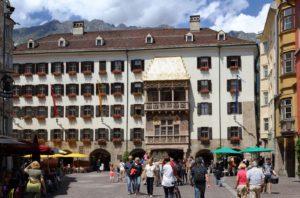 Shopping Ausflug nach Innsbruck: Die besten Geschäfte, Einkaufszentren u.v.m.