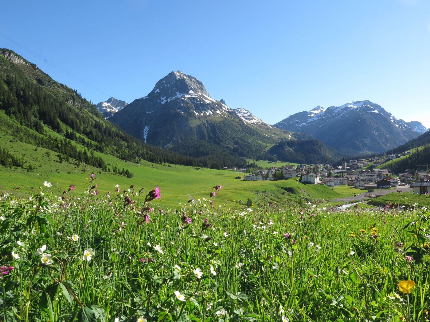 Lech am Arlberg - Sommerurlaub in den Bergen